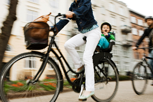 Em Copenhague, bicicletas são alternativa séria de transporte. Foto: Cyklistforbundet/Mikkel Østergaard